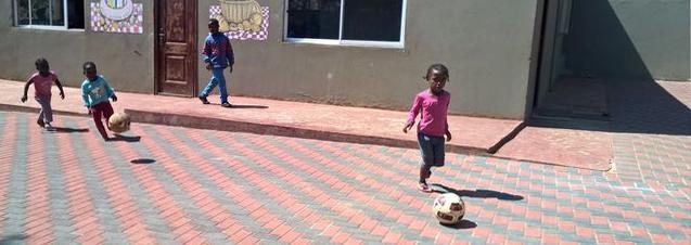 children playing_19