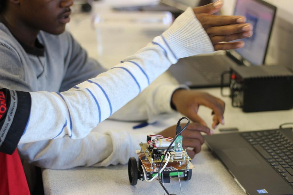 Robotics at UJ_72