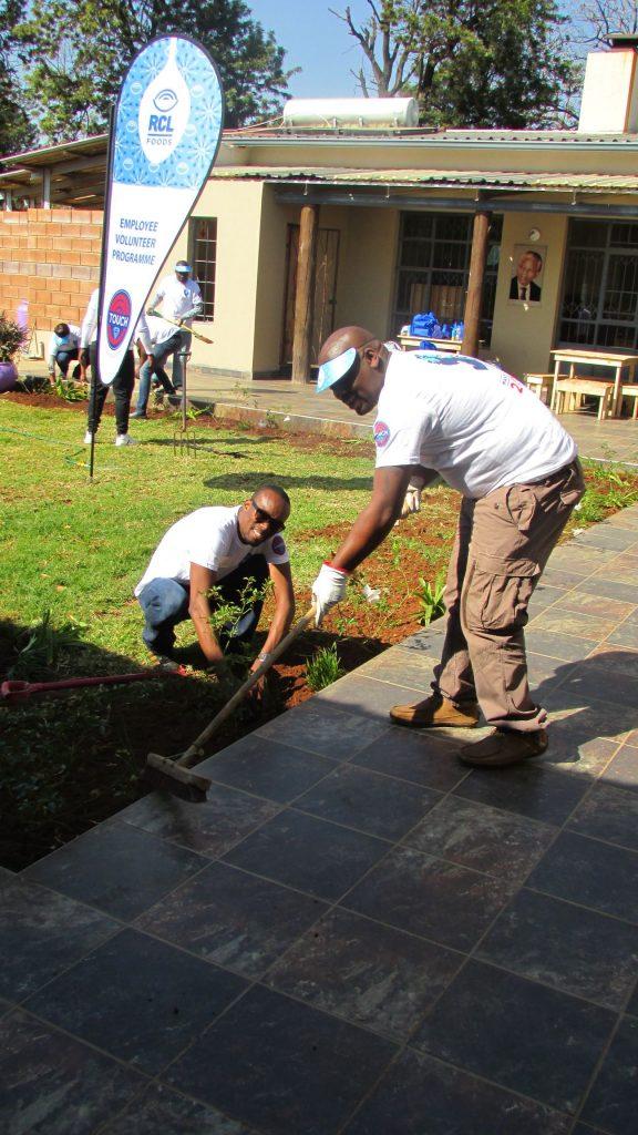 RCL Food Mandela Day at NJCH_50