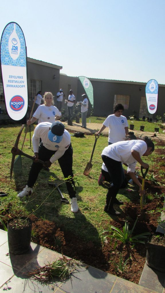 RCL Food Mandela Day at NJCH_63