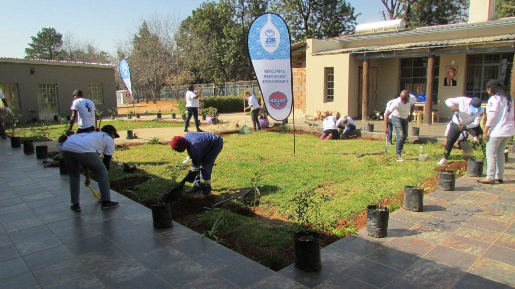 RCL Food Mandela Day at NJCH_71