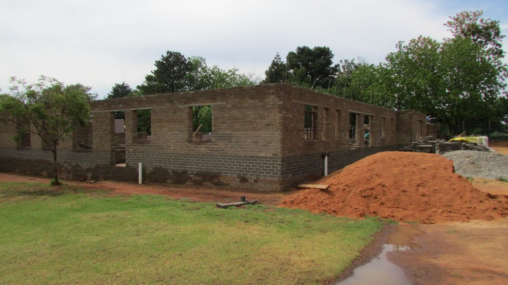boys-building-progress