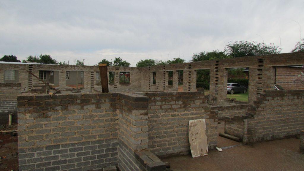 boys-building-progress_17