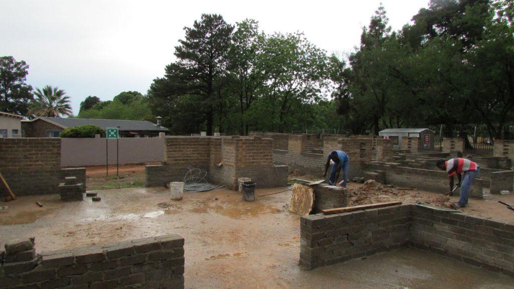 boys-building-progress_29