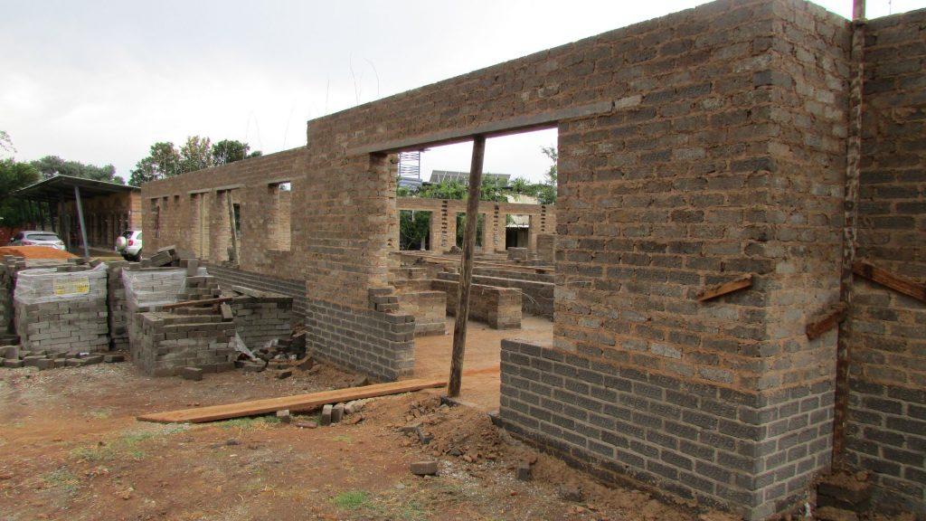 boys-building-progress_32