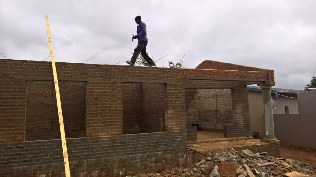Roof on the wall_43