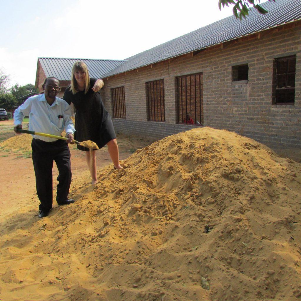 GFIA handin over the plaster sand_10