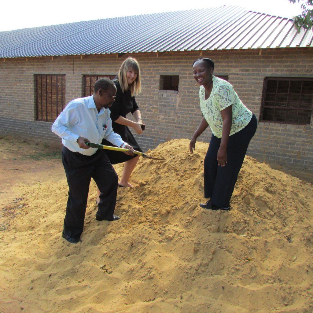 GFIA handin over the plaster sand_11