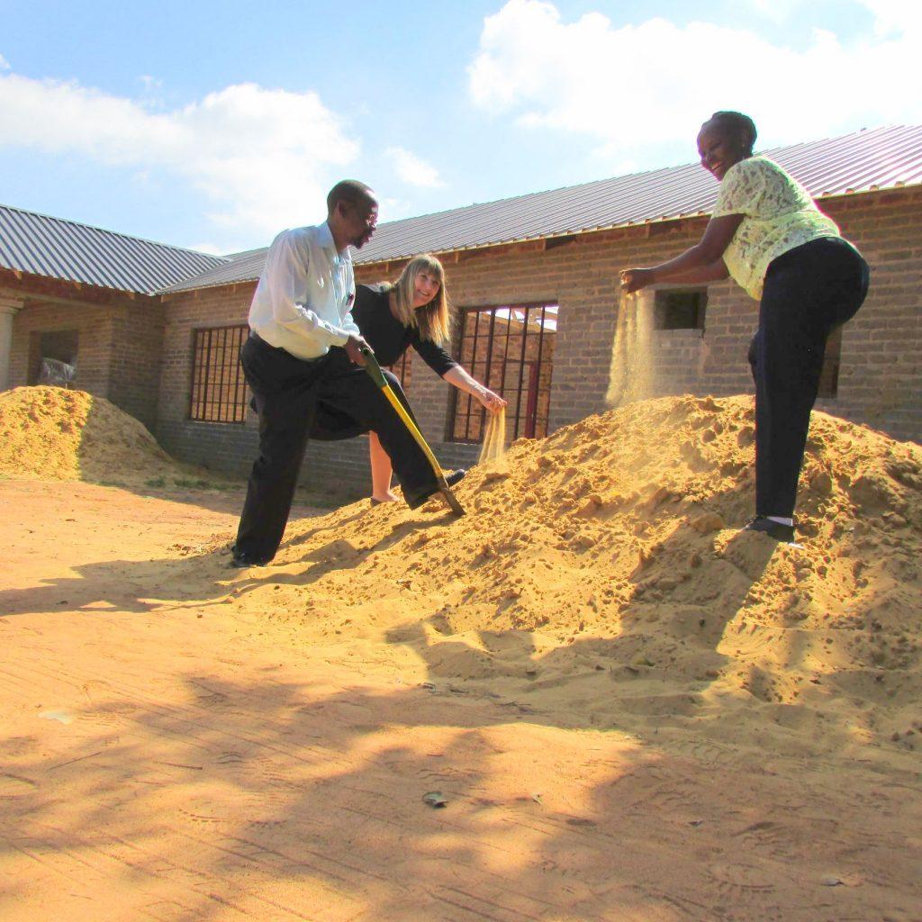 GFIA handin over the plaster sand_16