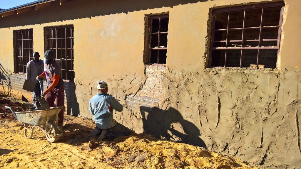 Plastering the outside walls_17