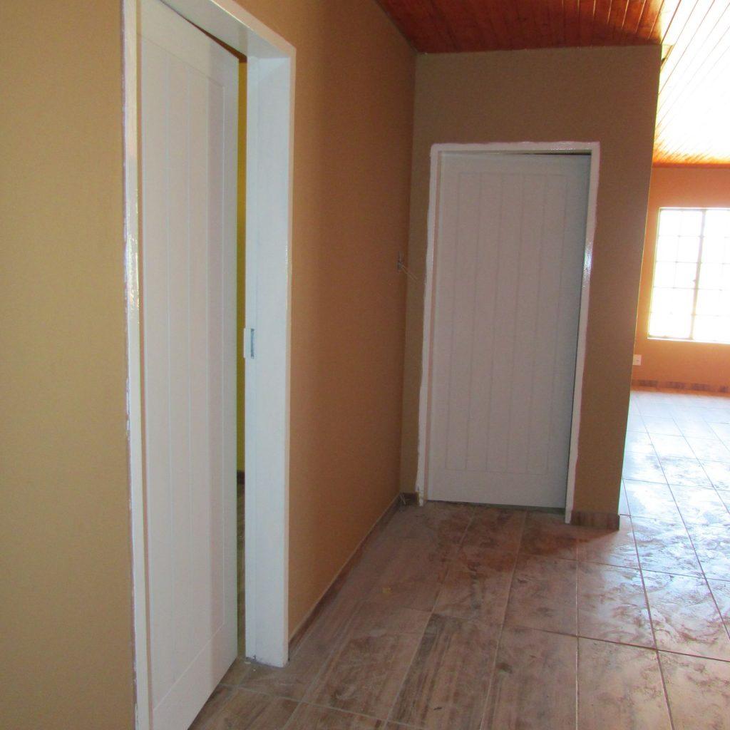 Hanging doors _32