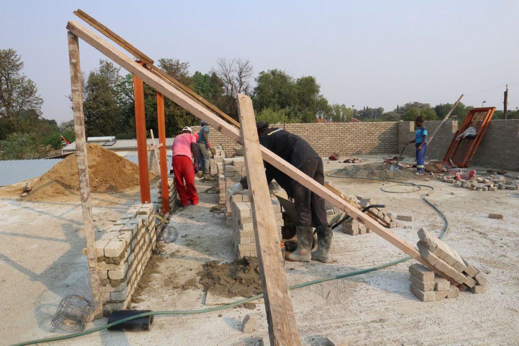 Second storey brick work_school_19