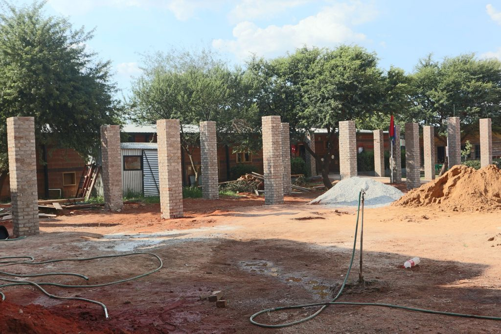 Pillars of the school building_1