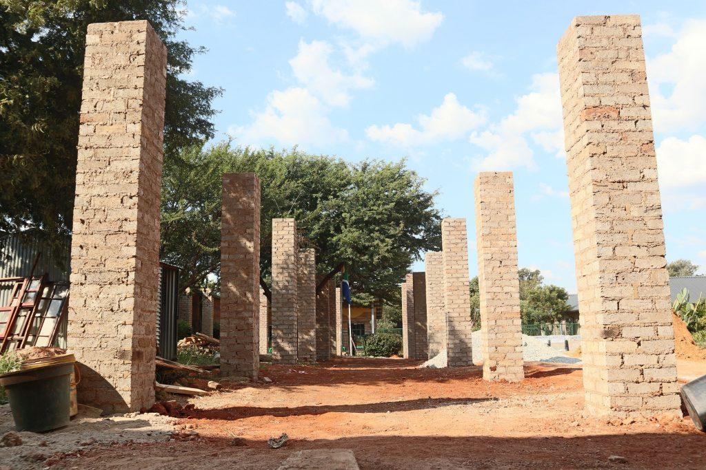 Pillars of the school building_14
