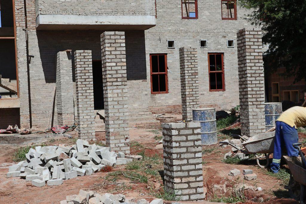Pillars of the school building_28
