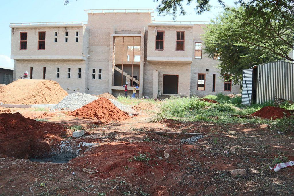 Pillars of the school building_33